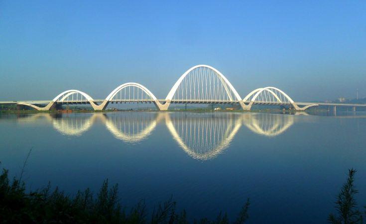 Shenyang Hun River Ribbon Bridge