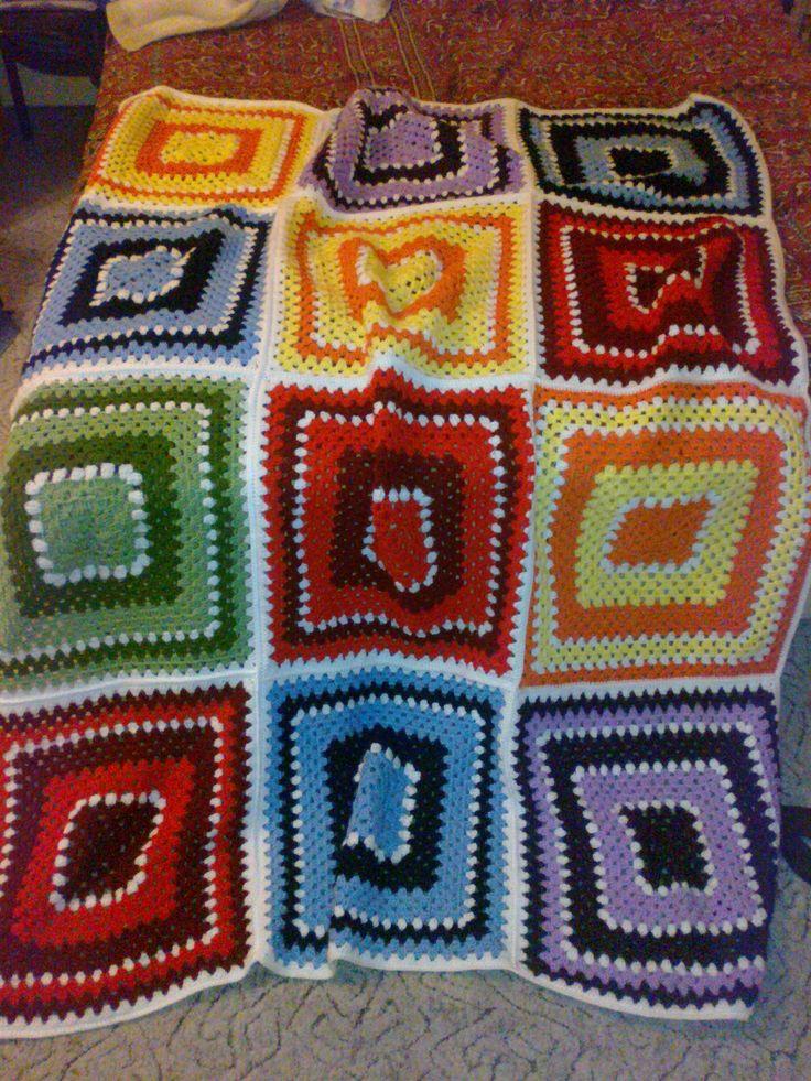 nagyi négyzetes horgolt takaró