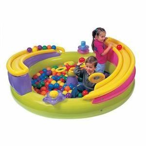 Les 25 meilleures id es de la cat gorie piscine a balle for Piscine a balle bebe