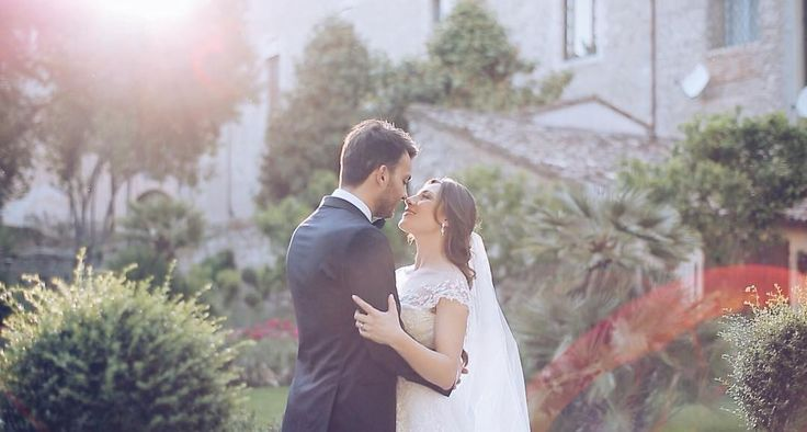 """""""Mi piace"""": 54, commenti: 7 - 2become1 (@2become1video) su Instagram: """"M+M // Ascoli 2016 // two lovers in a spring day 🌞💛🌿#weddingday #weddingvideographer…"""""""