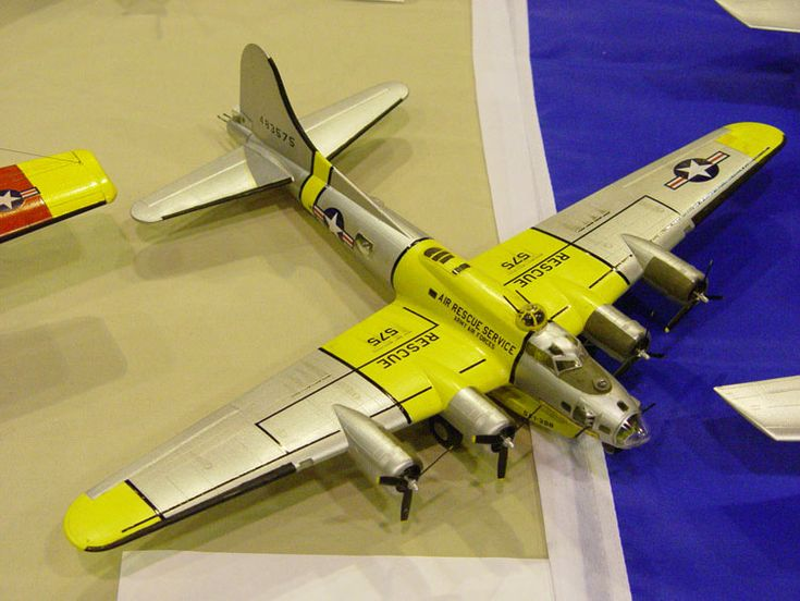 Rescue B17 Model (notice lifeboat underneath).