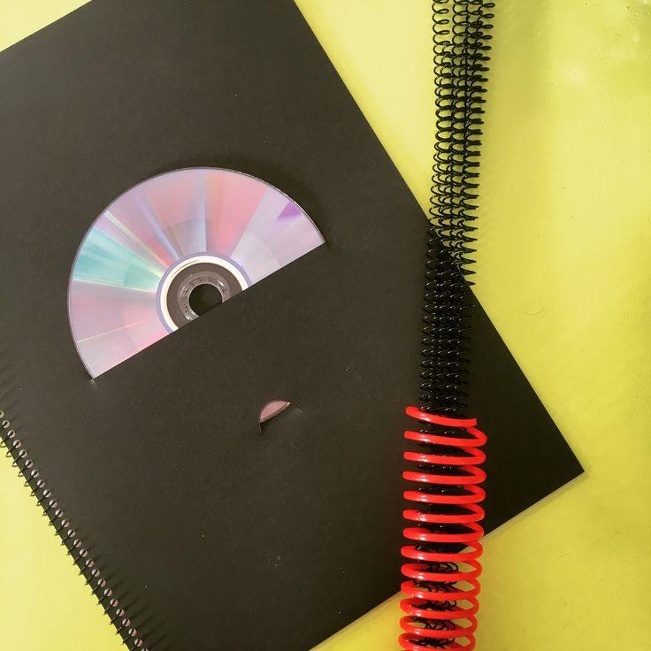 Encarte para CD y encuadernación en espiral.