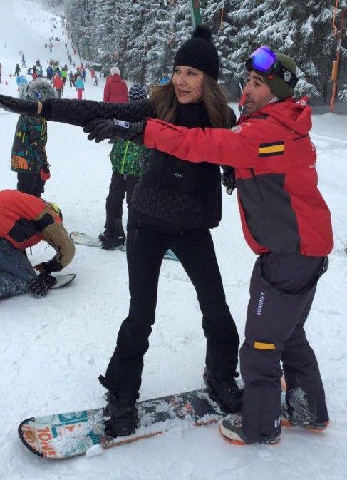 """Romanița Iovan, prima lecție de snowboarding la 50 de ani: """"Este un sport de senzație!"""""""