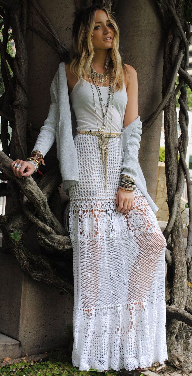 bohemian chic!: Summer Fashion, Boho Chic, Maxi Dresses, Bohemian Skirts, Bohemian Chic, Bohemian Look, White Lace, Crochet Skirts, Maxi Skirts