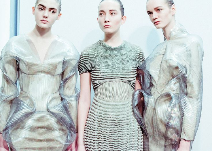 Iris van Herpen's bubble-like dresses for Autumn Winter 2016