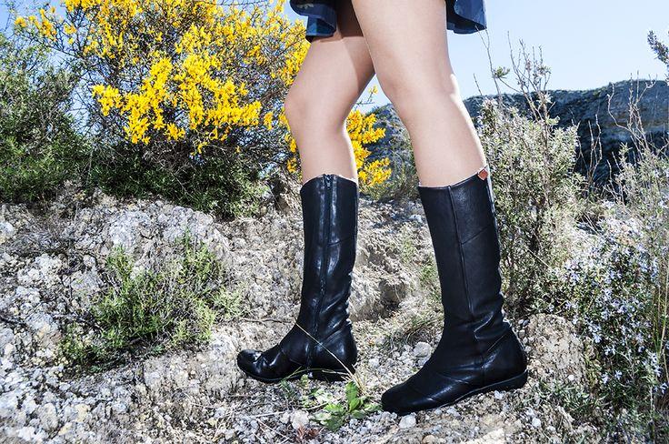 lookbook invierno 2016 - RAY MUSGO Zapatos ecologicos de mujer  #botasnegras #pielvegetal #black #blackboots #chromefree #skincare