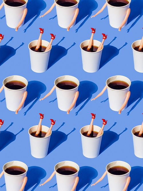 Certains jours, on aurait besoin de se plonger dans le café ! / By the Taable.