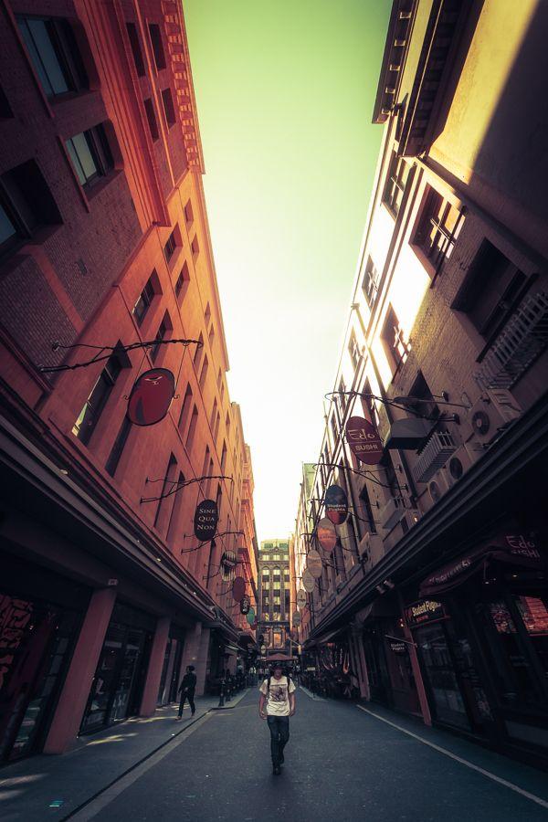 Degraves Street, a famosa rua de Melbourne, na Austrália.
