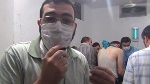 Syria conflict: 'Chemical attacks' near Damascus
