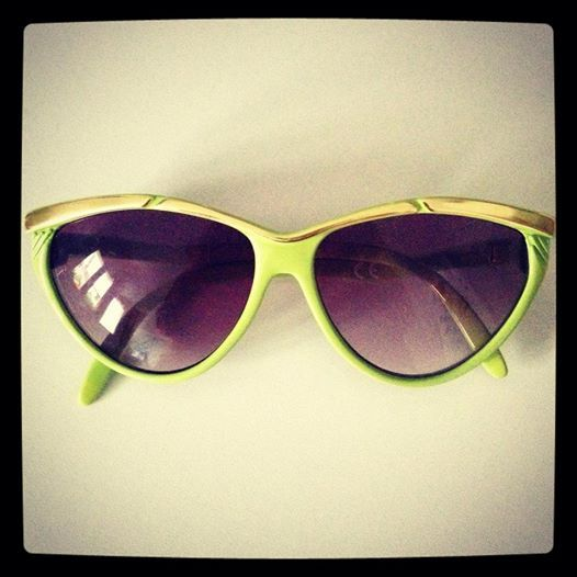 Lime cateye look from the 80s
