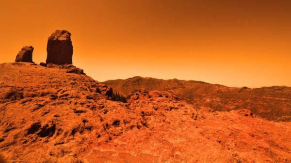 """La idea de establecer colonias en nuestro vecino rojo significa que tarde o temprano habrá vida humana en Marte, y que llegará un punto (muy a largo plazo eso sí) en el que se acaben estableciendo personas que completen todo su ciclo de vida en dicho planeta.Puede sonar loco, pero ya hemos visto muchas otras """"locuras"""" que se han ido cumpliendo durante los últimos años, así que en realidad es..."""
