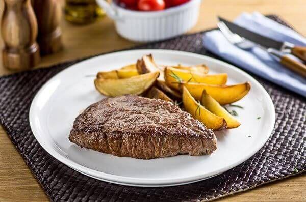 Encontre Receitas de Cupim grelhado e outras carnes especiais. Conheça a Academia da Carne e faça cursos e aprenda receitas