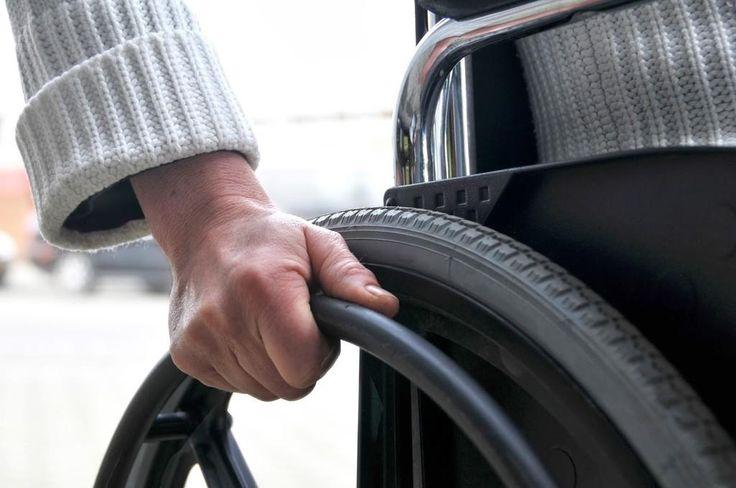 Segundo a nova Súmula 576 do STJ: Ausente requerimento administrativo no INSS, o termo inicial para a implantação da aposentadoria por invalidez concedida judicialmente será a data da citação válida.