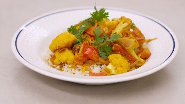 Eén - Dagelijkse kost - Indiase curry met bloemkool en rijst