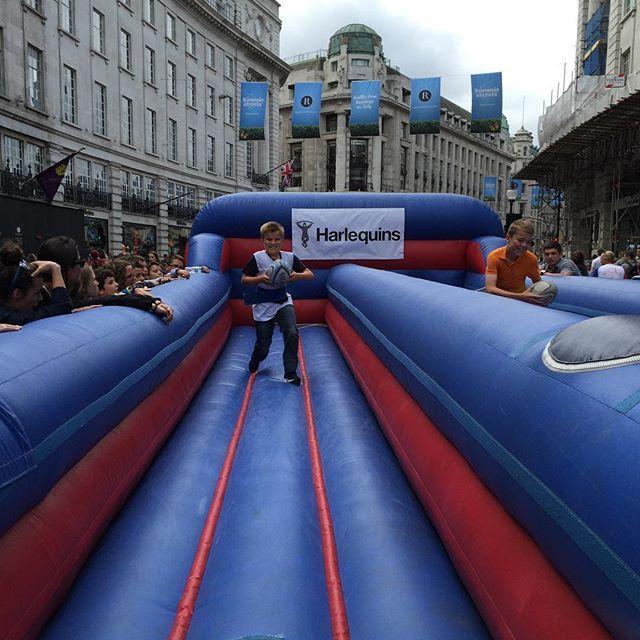 @mark7robbo @tyler7robinson rugby on regent street #regentstreet #rugby #harlequins #london
