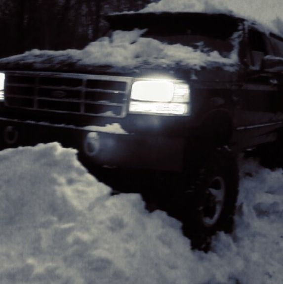 96 bronco xlt full build camed bored 30over lifted 6 inches what a dream.