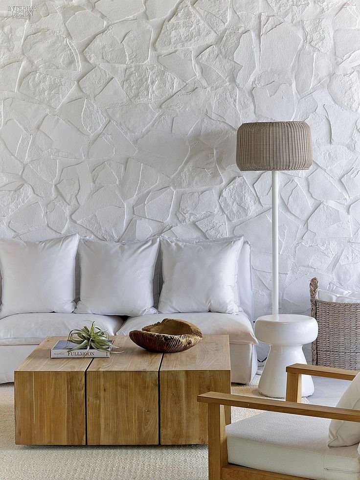 1 Hotel's Miami Beach Debut by Meyer Davis Studio | Gonzalo Milà and Alex Fernández Camps designed the lamp in a VIP cabana. #interiordesign #interiordesignmagazine #hotels #hospitality ##MeyerDavisStudio