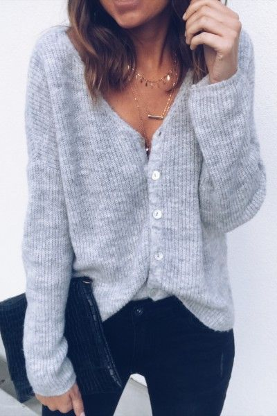 Great Justine light gray sweater