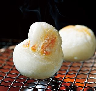 Grilled Mochi, Japanese Glutinous Rice Cake on Charcoal Fire|ふくらむ餅