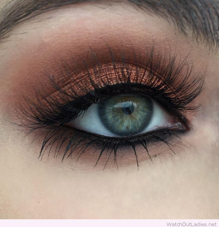 Warm copper eye makeup