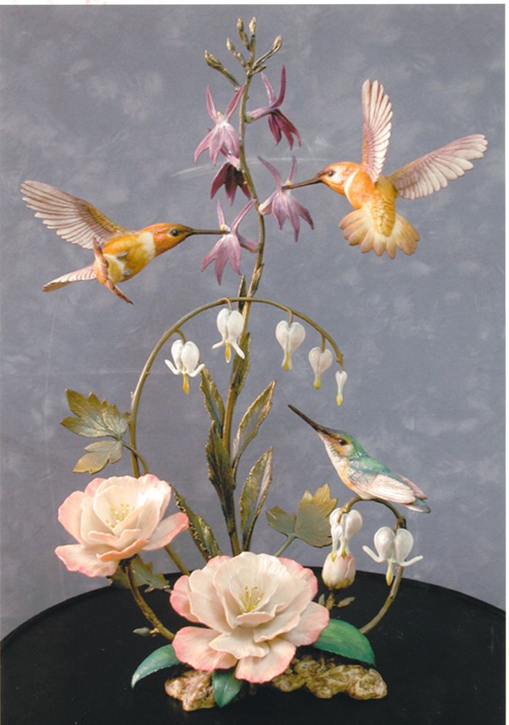 Rufus Hummingbird porcelain and bronze. The Franklin Mint