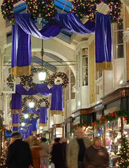 Wholesale Commercial Christmas Decorations