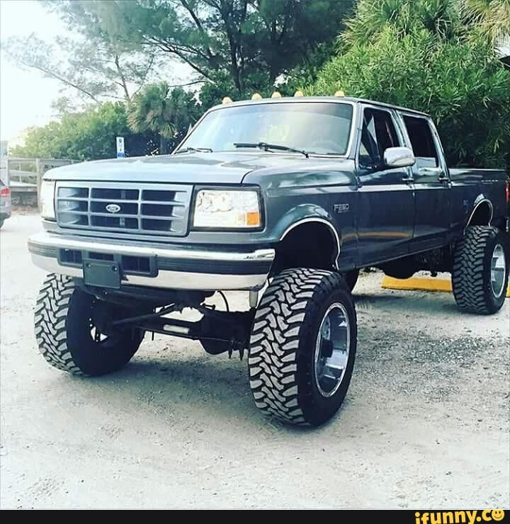 I want one of these old square body truck
