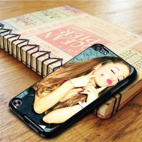 Ariana Grande Sexy Kiss iPod 5 Touch Case