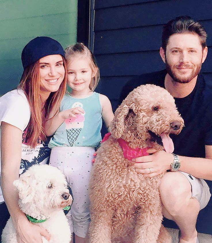 The Beautiful Ackles Family ❤︎