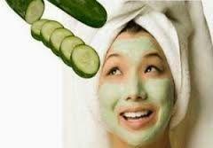 Untuk mendapatkan kulit cantik bercahaya dapat dicapai melalui bahan-bahan yang tersedia di rumah. Jadi, selain menghindari Anda terlalu bur...