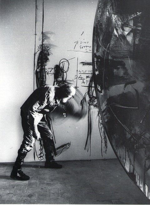 Emilio Vedova working in studio