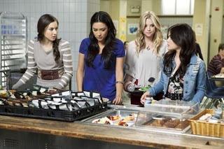 Pretty Little Liars Season 2 Episode 2