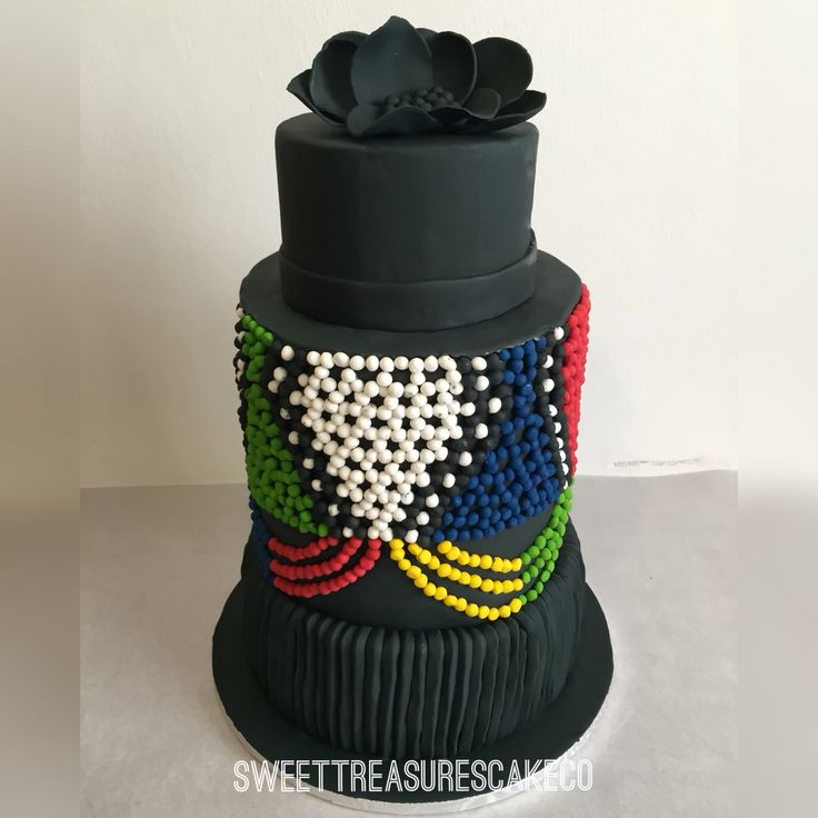 About this weekend . #Zulu #traditional #wedding #cake . #Zulubeads #beads #isidwaba #cake #flower #black #heritage #sweettreasures #sweettreasurescakeco #johannesburg #joburg #southafrica