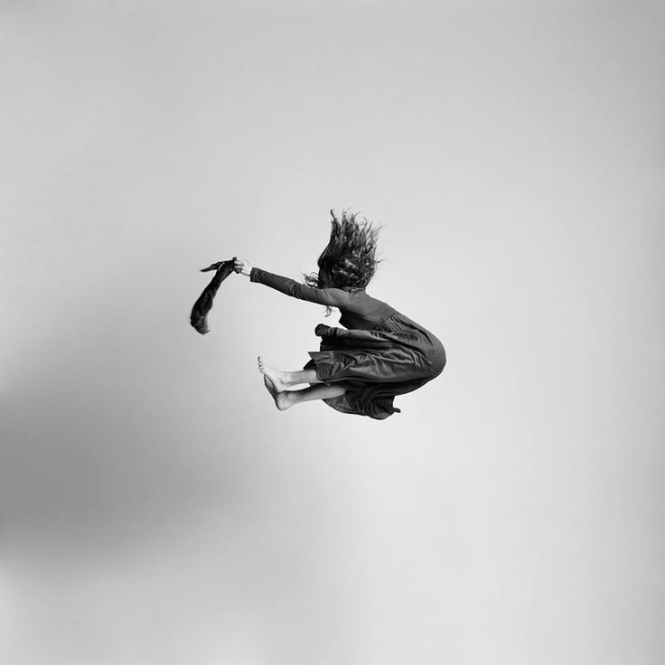 Best Art Is Everywhere Images On Pinterest Art Installations - Minimalistic black white photo series captures energetic movements mid air