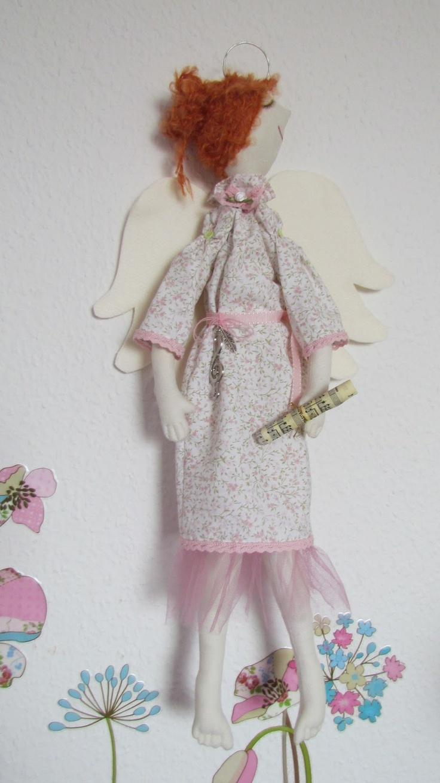 http://1.bp.blogspot.com/--y344LpGufw/UVL8XOtcVEI/AAAAAAAAApI/ypK1e66G624/s1600/IMG_4626.JPG: Angel, Doll
