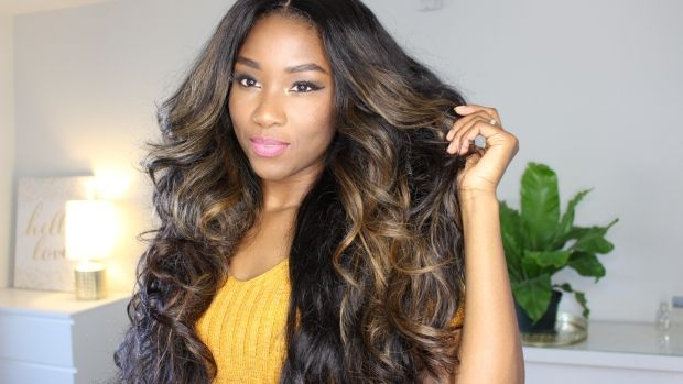 Get stunning heat free curls using.... socks