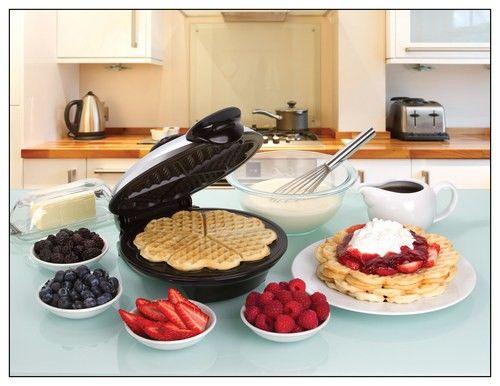 "Euro Cuisine - 8"" Heart-Shape Waffle Maker - Black/Chrome - Alt_View_Standard_12"