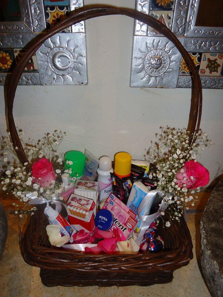 CBA125 Riviera Maya Weddings bodas / Amenidades para el baño decorada/ items por the bathroom with flower deco