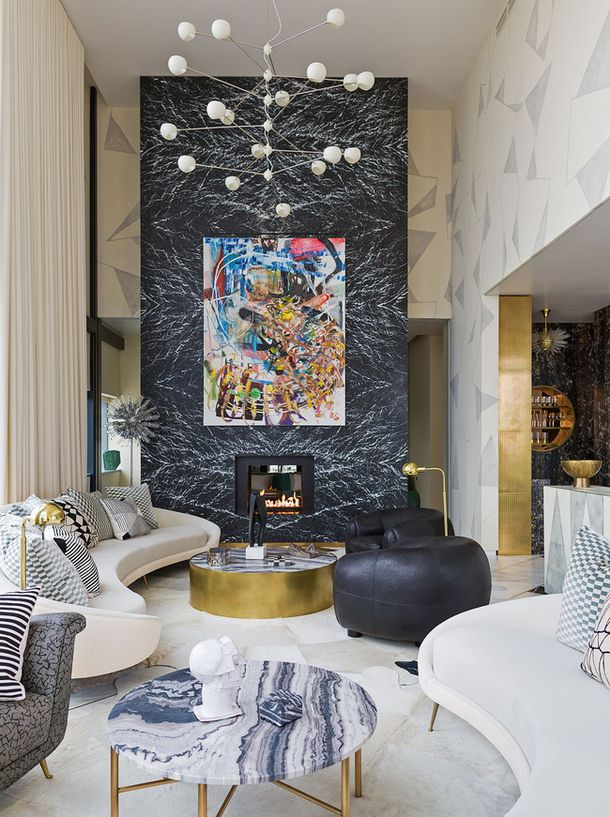 kelly uirstler. ático en austin. chimenea mármol negro marquina florido dispuesta de suelo a techo, su presencia es impactante. #interiordesign #luxury #covetedition http://covetedition.com/category/interior-designers/