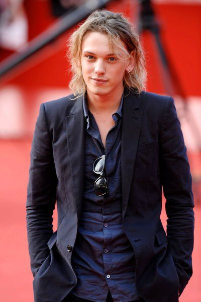 Jamie Campbell Bower ---Gorgeous!