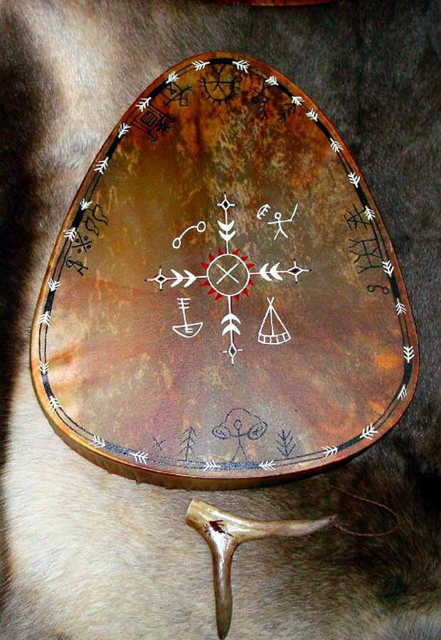 Noitarumpu drum of the Saami shaman