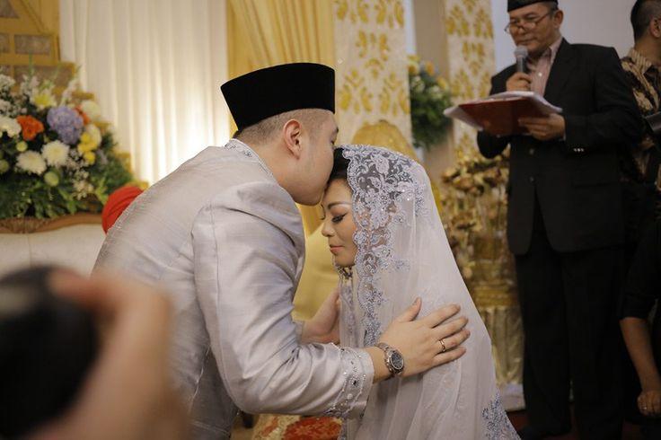 Pernikahan Adat Melayu Amira dan Cheta di Medan