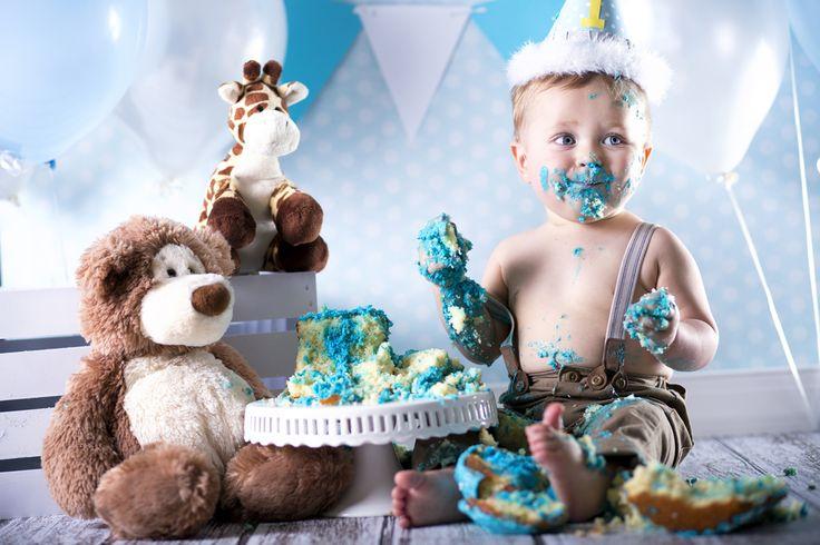 Cake Smash fotoshoot? Tips om zelf taart te maken en kleding outfit - Mamaliefde.nl