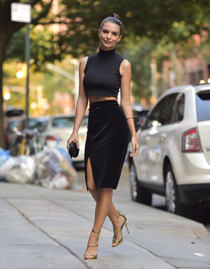 This Is Where You Can Get Emily Ratajkowski's Sexy $11 Skirt: Sure, her red carpet style is plenty steamy, but even for a simple night on the town, Emily Ratajkowski isn't afraid to show some skin.