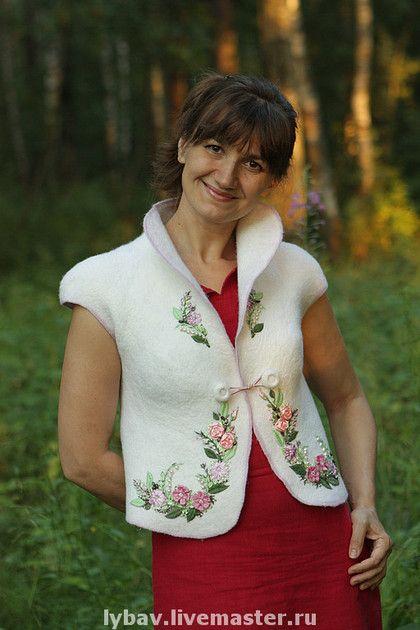 Felted Vest by Lubov Voronina Ярмарка Мастеров - ручная работа Букет невесты. Handmade.