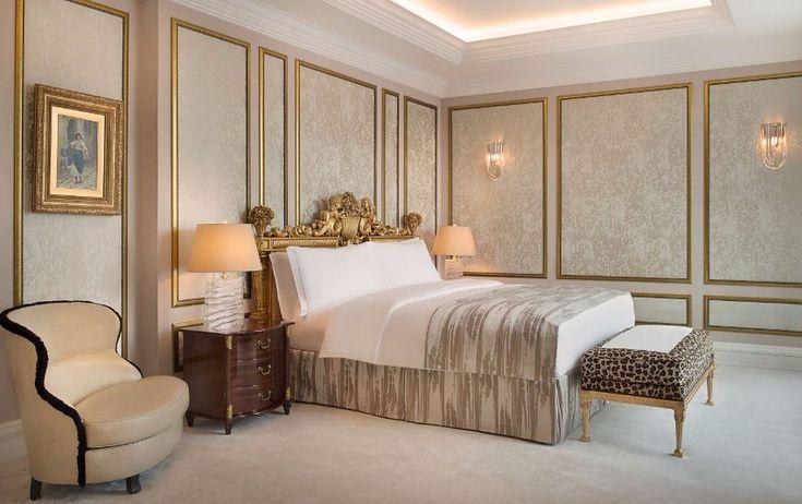 Beautiful Russian 5 star hotel: The Ritz Carlton Moscow / hotel design, luxury hotel, hospitality design, #luxuryhotel #hotelinteriordesign #hotelproject  Read article: http://hotelinteriordesigns.eu/beautiful-russian-star-hotel-ritz-carlton-moscow/