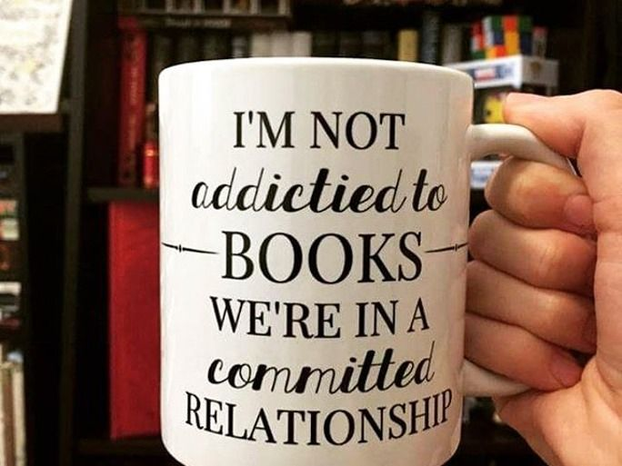 7 Signs You're A True Book Nerd Couple | Bustle