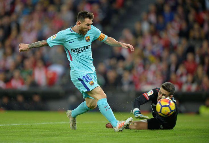 [FOTO] Lionel Messi es de la U La acción del astro del Barcelona que enloqueció a los azules - El Periscopio Noticias