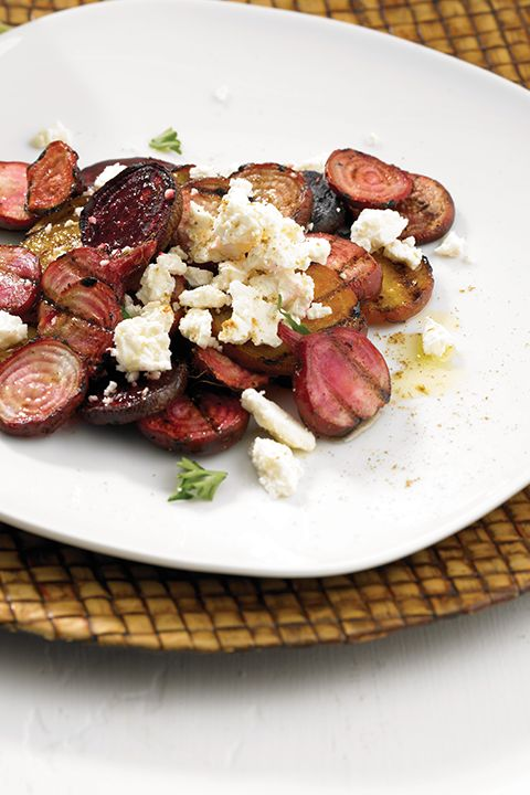 INGREDIENTS BY SAPUTO | Looking for healthy meal ideas? Try this recipe for Indian-inspired beet salad with garam masala, feta cheese and dried tomatoes. We promise you'll be blown away!