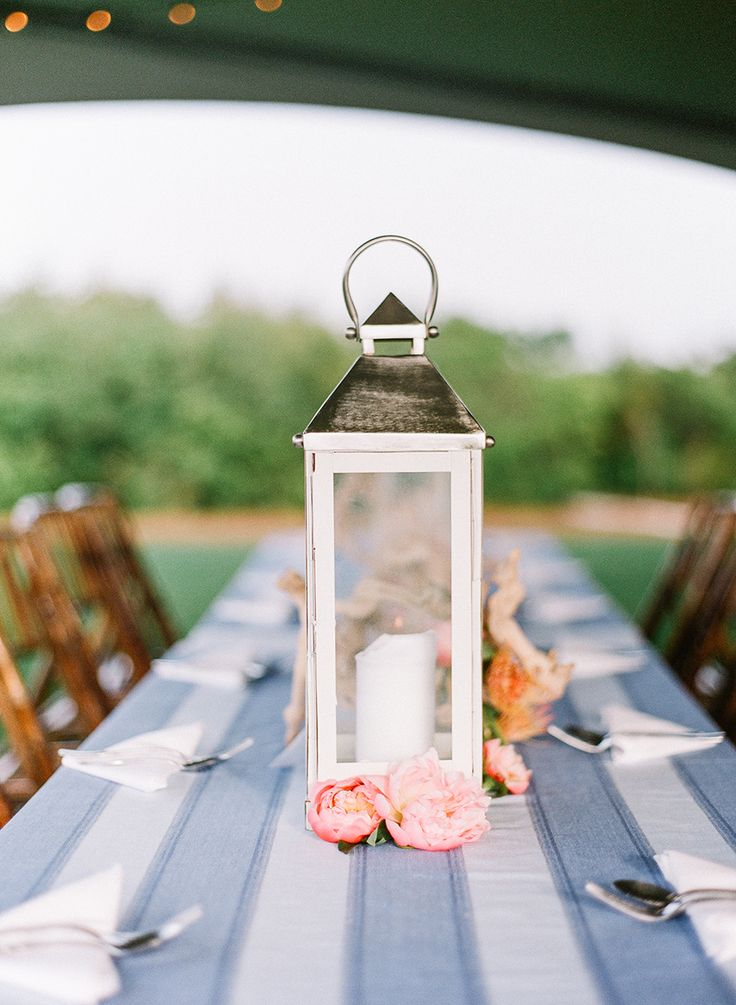 Photography : Leslee Mitchell Read More on SMP: http://www.stylemepretty.com/2016/02/24/sally-of-a-piece-of-toast-nautical-rehearsal-dinner/